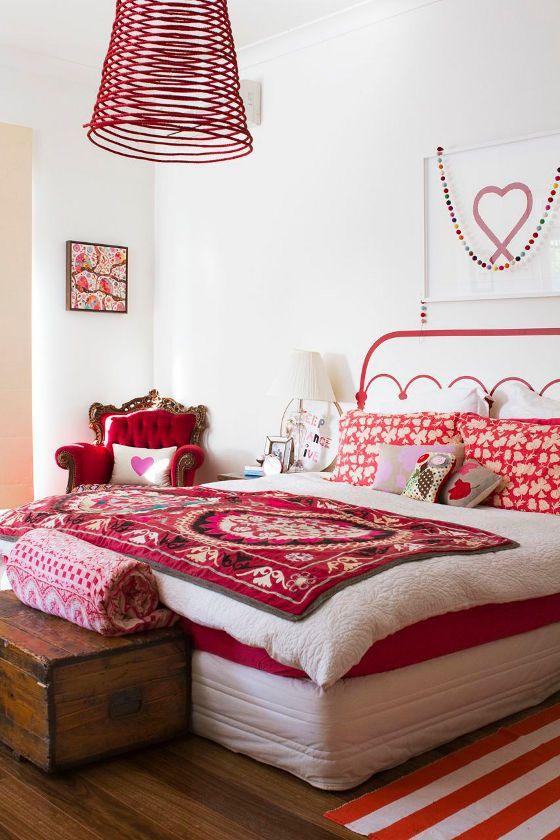 Chambre A Coucher Rouge Et Blanc En 2018 Maison Decoration Et Deco