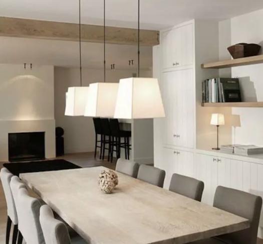 إزاى تفرشى بيتك على الطريقة البلجيكية كلمة السر الألوان المحايدة والأثاث الضخم Minimalist Dining Room Minimalist Dining Room Table Dining Room Interiors