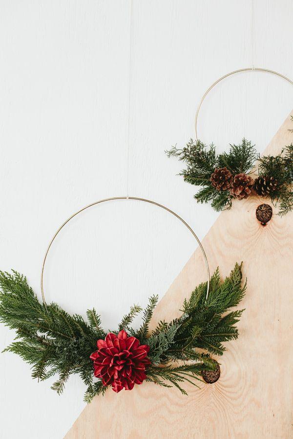 DIY Gold Wire Wreath | Wreaths | Pinterest | DIY Wreath, Wreaths and DIY