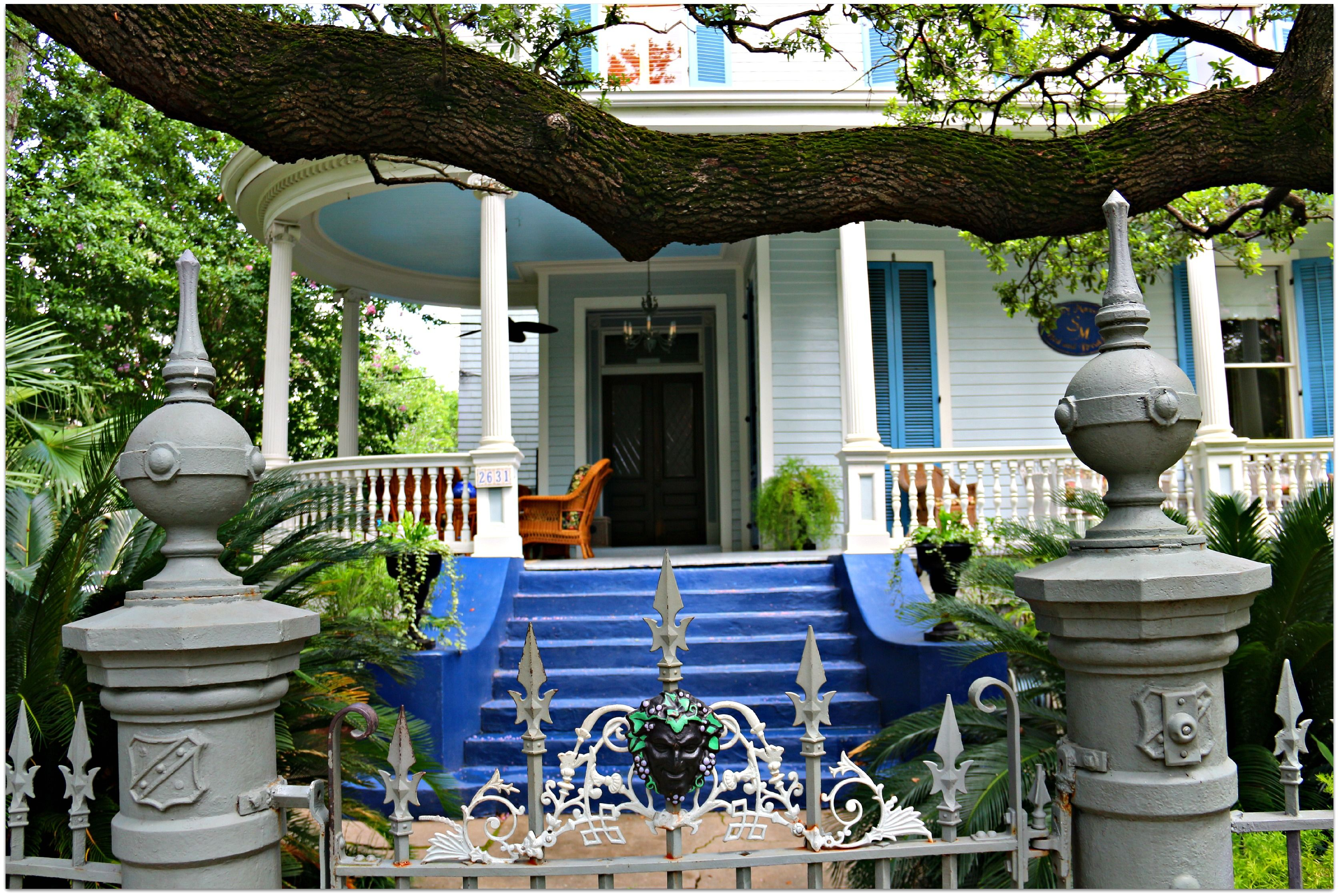 New orleans bed and breakfast garden district