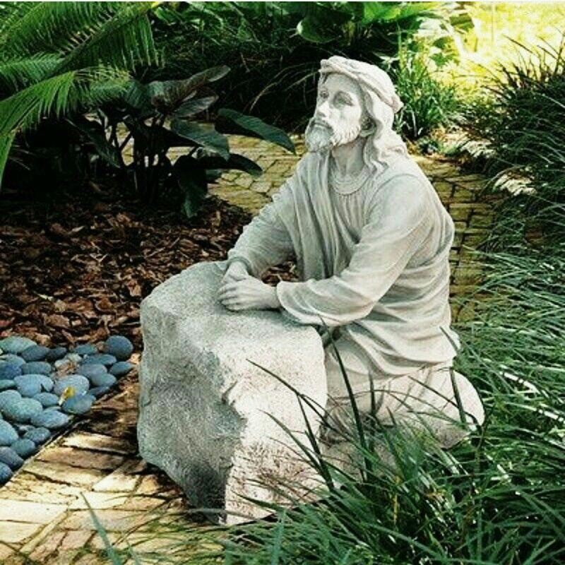 Jesus posing Garden of gethsemane, Garden statues