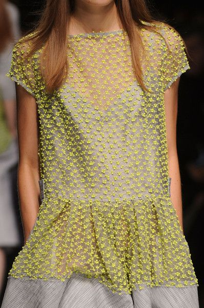 Sacai Spring 2013 - Details - perfect spring combo of fabrics