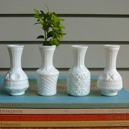 Small Milk Glass Bud Vases Set Of 4 Pinterest Milk Glass Glass