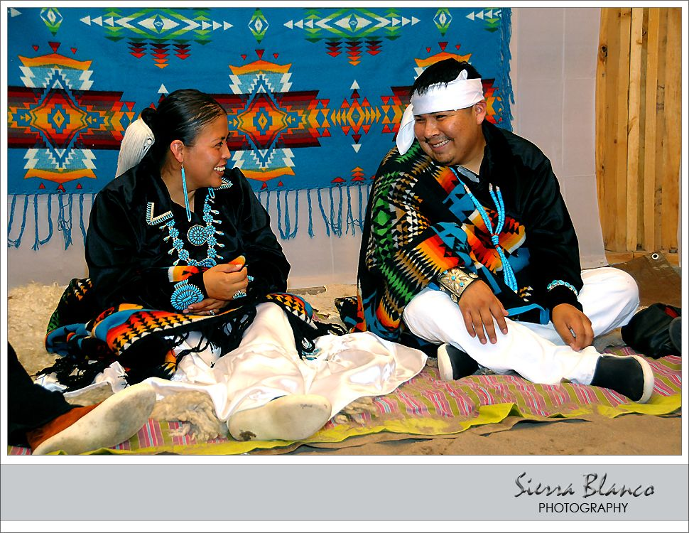 Navajo wedding - matching color theme and outfits. Aww... they make ...