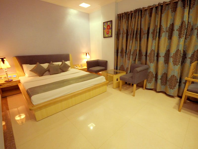 Hotel Rajshree Is Best Near Railway Station In Chandigarh With Deluxe Accommodation Facilities