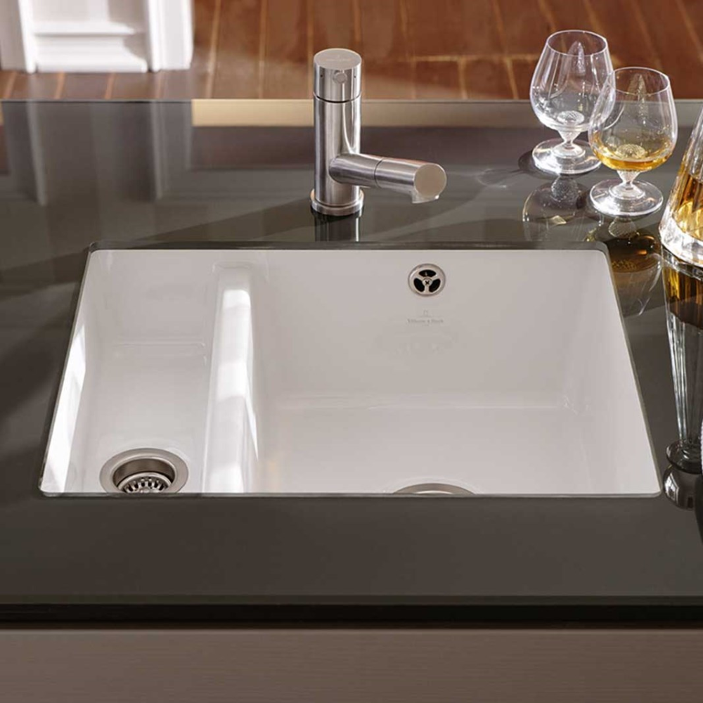 Villeroy Boch Subway Xu Alpine White Ceramic 1 5 Bowl Undermount Kitchen Sink Alpine In 2020 Undermount Kitchen Sinks Porcelain Kitchen Sink White Kitchen Sink