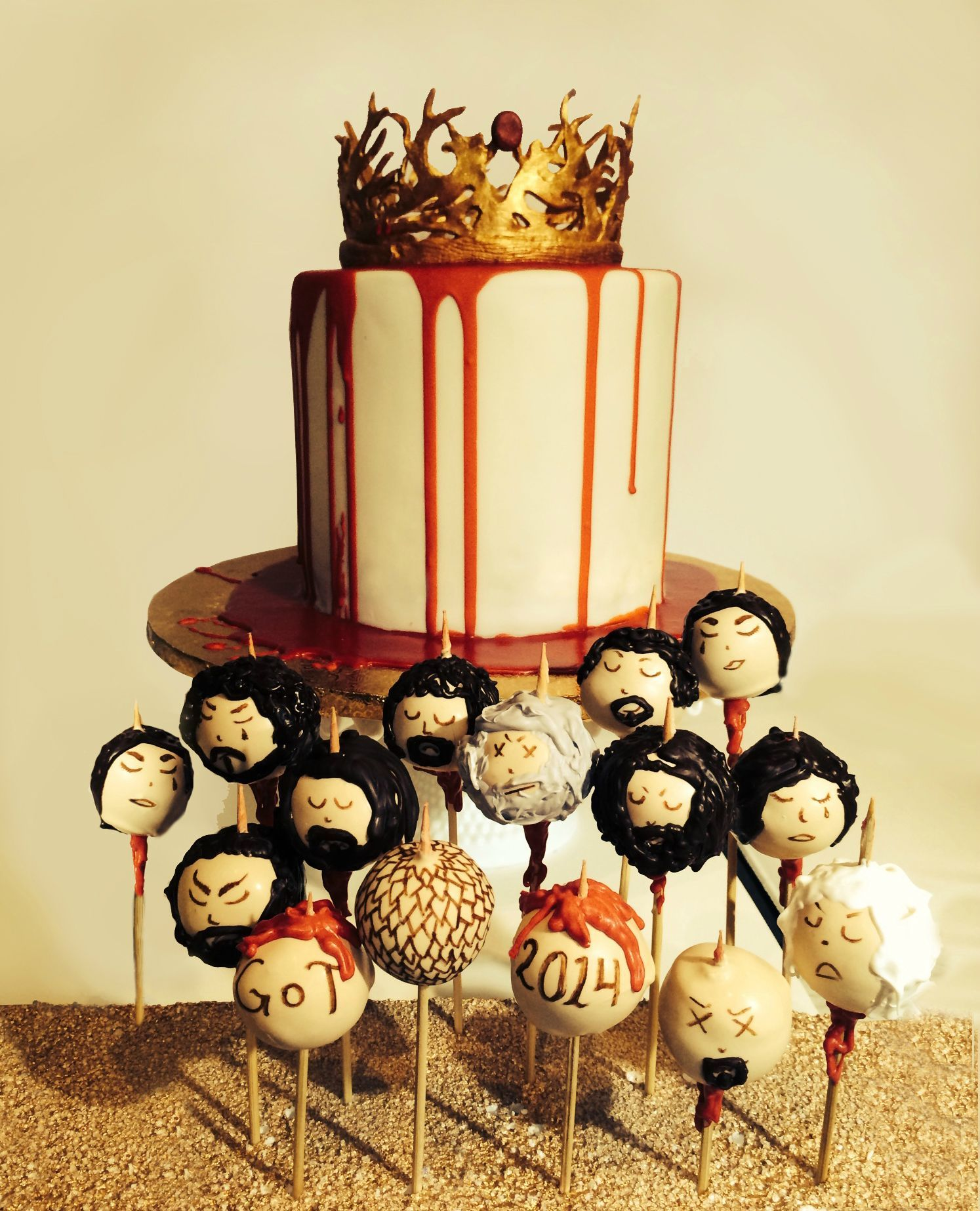 Game of Thrones Cake and Cake Pops #funkogameofthrones