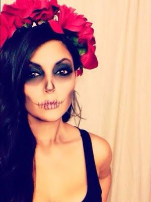 Zombie Halloween Costume idea for Women