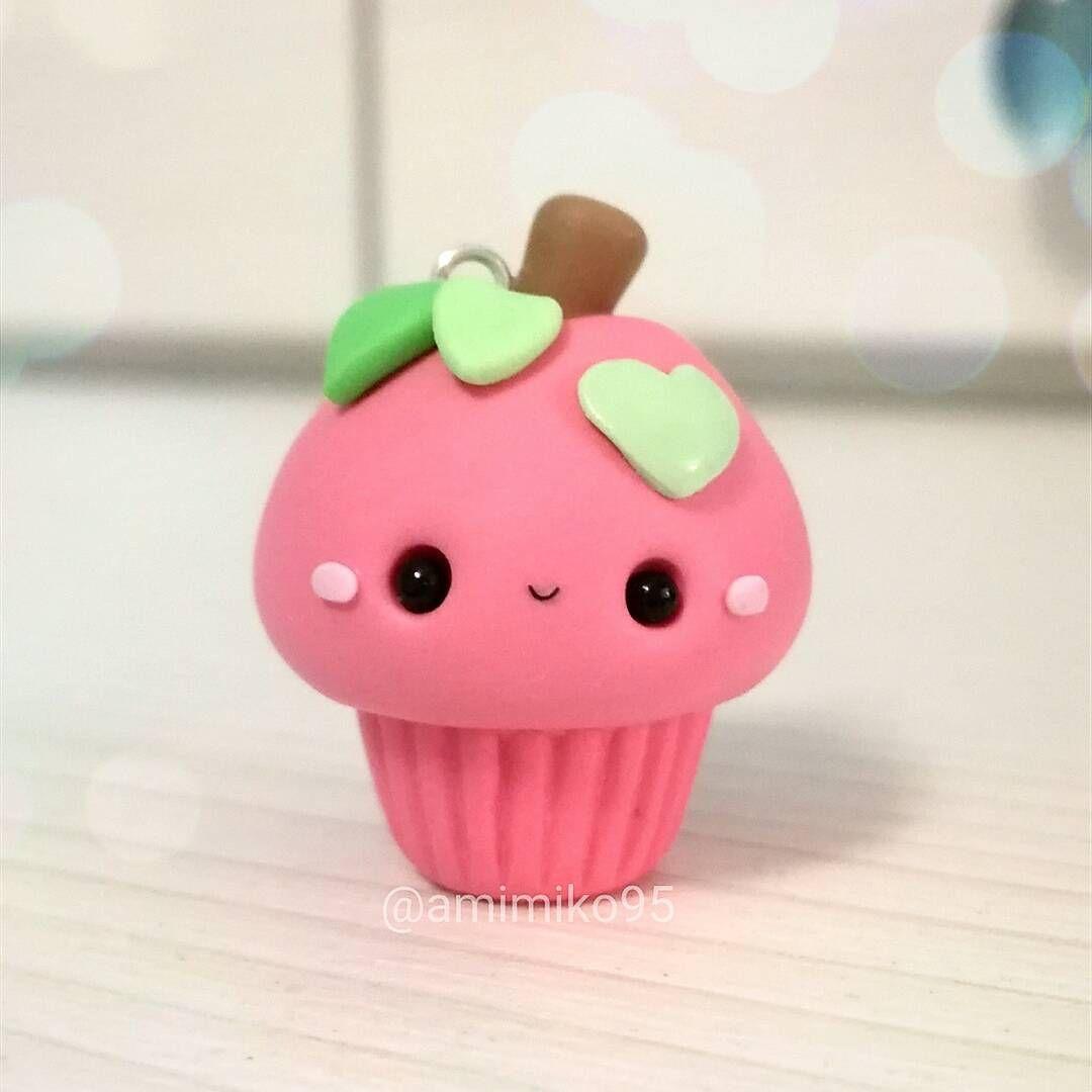 """804 Me gusta, 42 comentarios - Ariane (@amimiko95) en Instagram: """"Holaa ! Que tal? Después de unas vacaciones vuelvo con estos cupcakes que he hecho inspirados en…"""""""