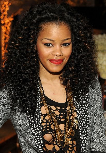 Teyana Taylor Red Lipstick Weave Hairstyles Curly Weave Hairstyles Hair Styles
