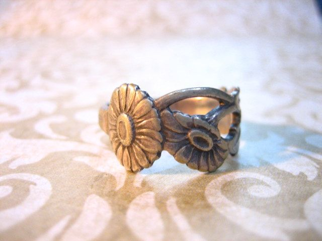 Vintage Art Deco Floral Norway Sterling Silver Band Ring. $28.00, via Etsy.