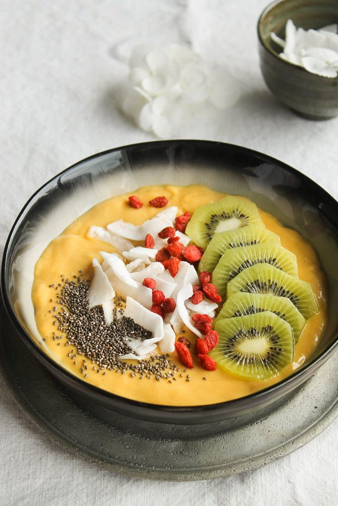 smoothie bowl mangue et lait de coco vegan sans gluten. Black Bedroom Furniture Sets. Home Design Ideas