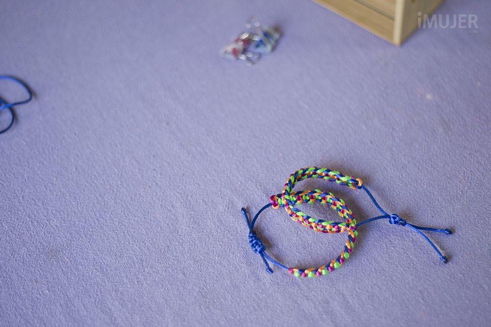 Cómo hacer pulseras de hilo - Las Manualidades