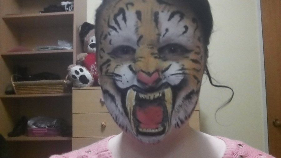 Saber Tooth Tiger By Blueberrystarbubbles Tiger Face Paints