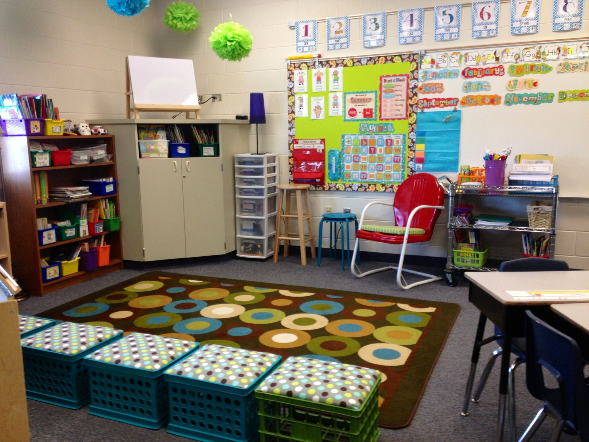 Relaxing Classroom Decor : Love ervan woo teaching press dots on turquoise for my