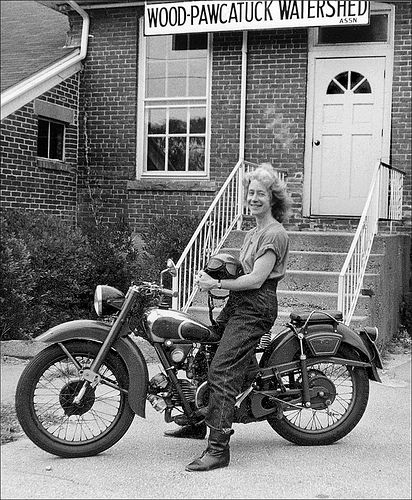 Just thought it was a good idea to give props to some of the motorbike women lif…