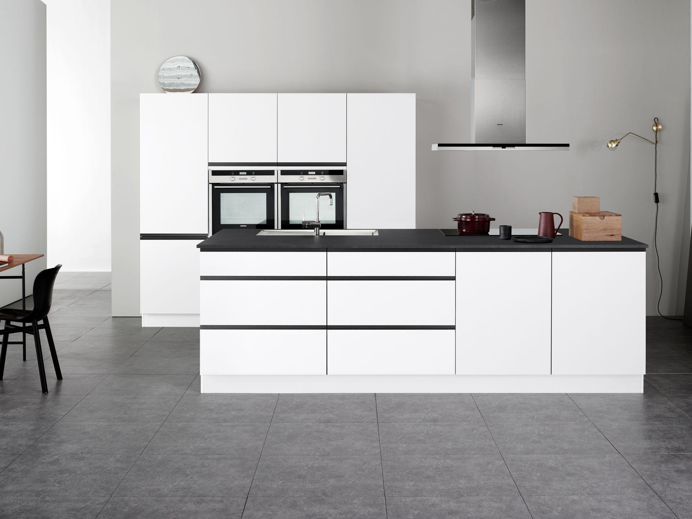 Linea black by kvik other cool kitchens by kvik kitchen