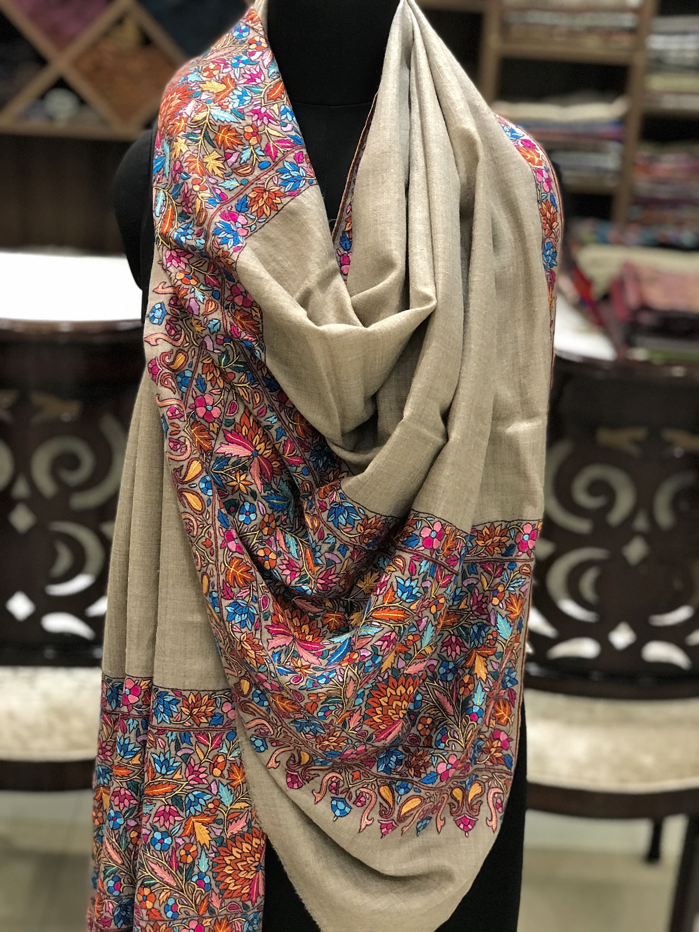 Ladies Women Embroidered Textured Floral BLUE//BEIGE Scarf Wrap Pashmina