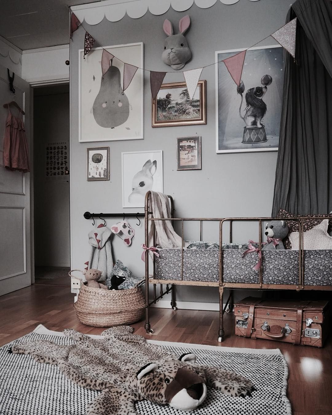 A beautiful vintage room pinterest kinderzimmer for Kinderzimmer einrichten kleinkind