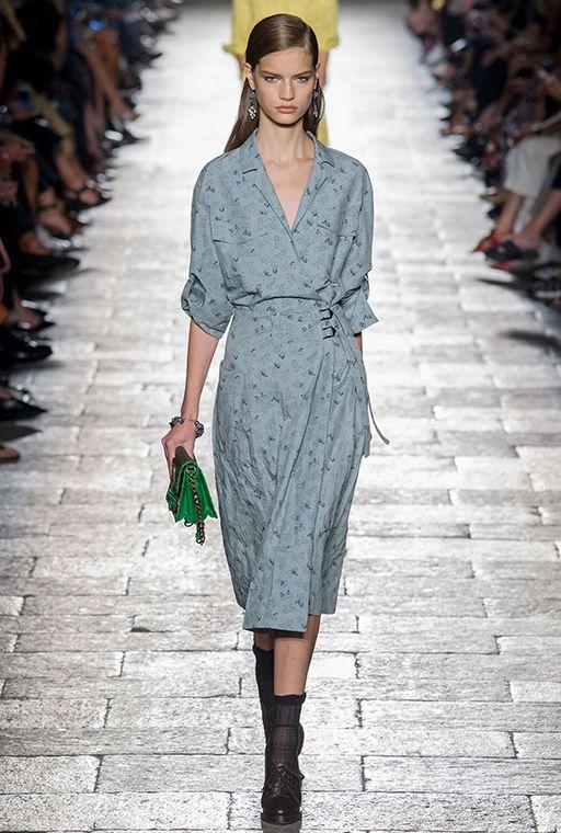 b873e847dd2 Миланская неделя моды  Bottega Veneta