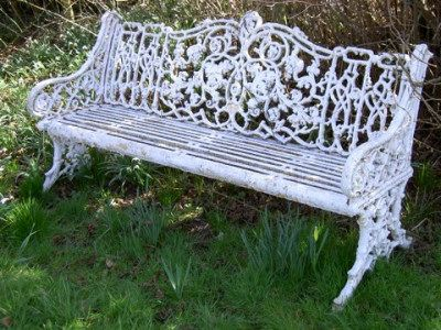 Lovely 6 Foot Coalbrookdale Rustic Garden Seat With Cast Iron Seat. Ref A150826