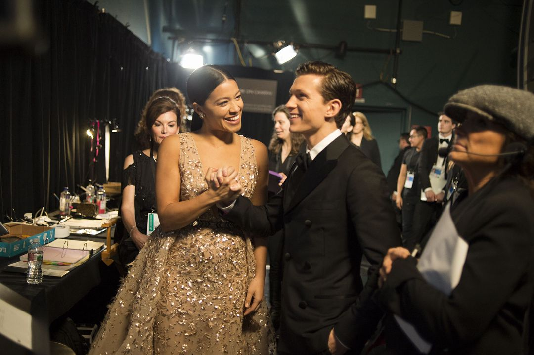 Tom Holland and Gina Rodriguez backstage at the Oscars!! I love this
