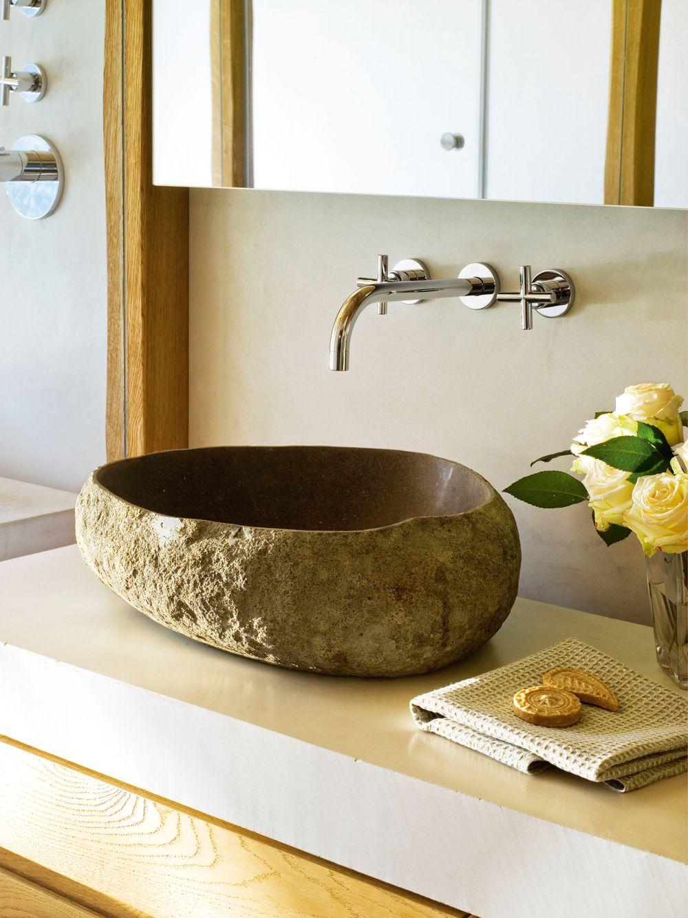 Lavamanos de piedra volc nica con grifer a empotrada y for Griferia para lavamanos