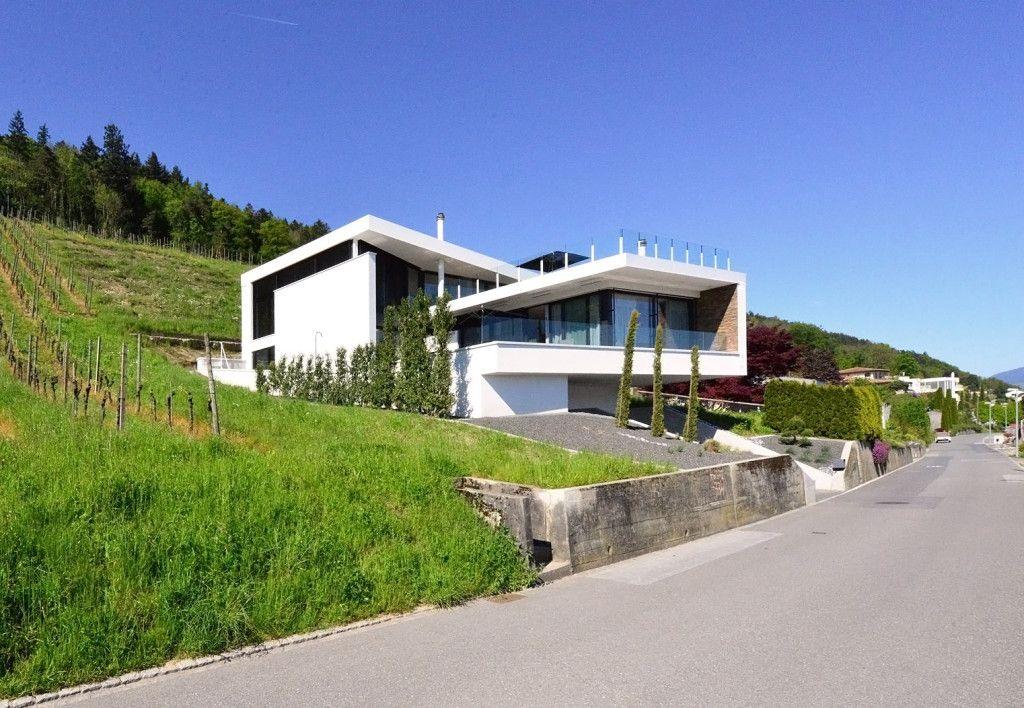 architektenhaus schweiz im weinhang alpenpanorama. Black Bedroom Furniture Sets. Home Design Ideas
