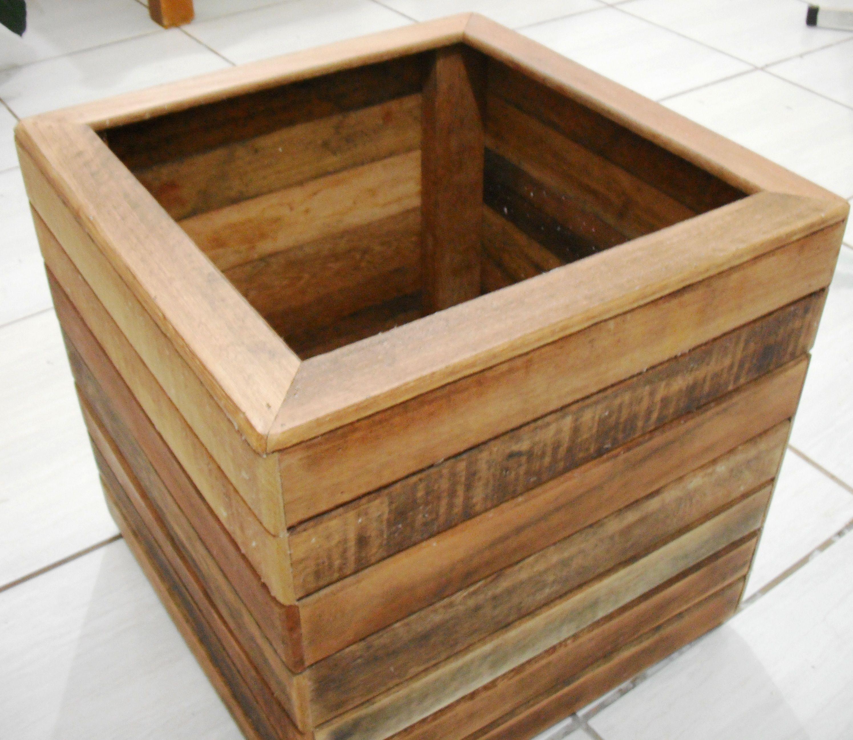 cachepot neue m bel aus alten paletten pinterest. Black Bedroom Furniture Sets. Home Design Ideas