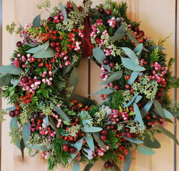 Classic Christmas Wreath With Greens And Red Berries 3 Christmas Wreaths Christmas Flowers Christmas Decorations
