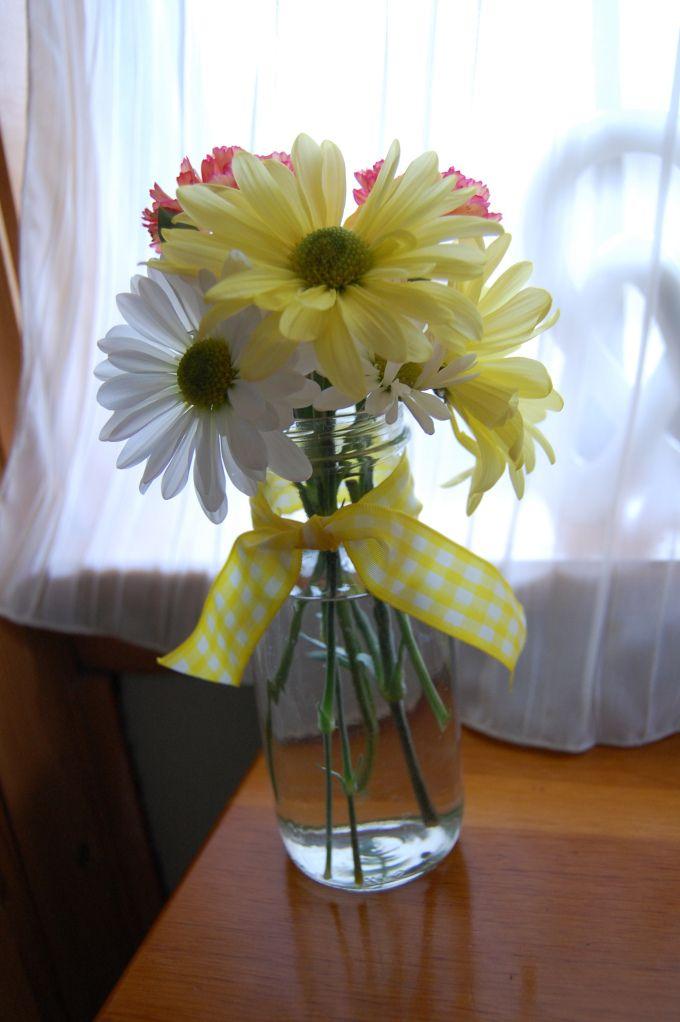 Starbucks frappuccino flower vase frappuccino bottles for Flowers in glass bottles