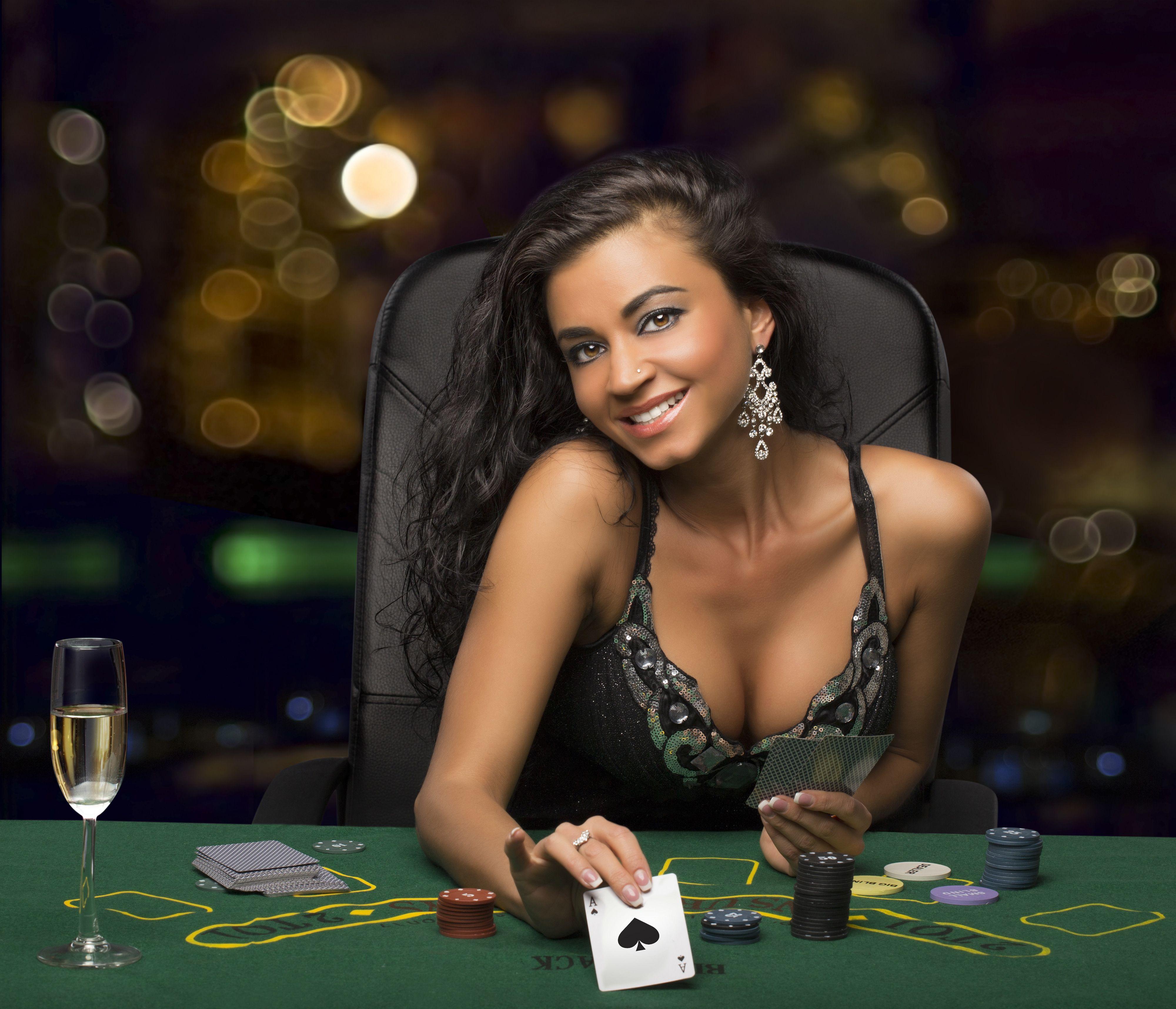 Красивое онлайн казино хочу работать в казино на лайнерах