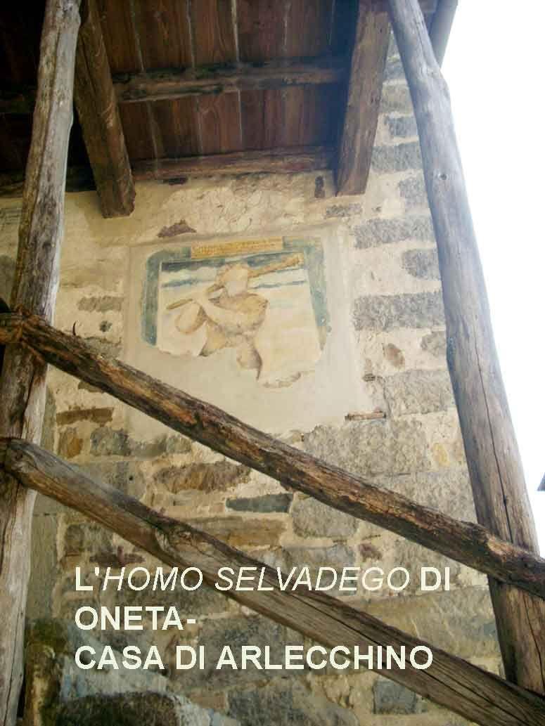 Oneta (Bergamo, Italia) - Casa di Arlecchino - affresco