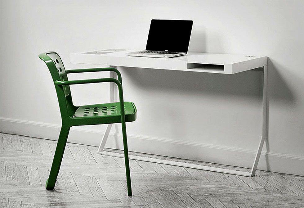 Milk mini table furnitures pinterest bureau contemporain bureau design et bureau for Bureau contemporain design
