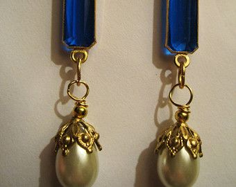 1920s vintage style pearl earrings dramatic Art Deco blue gold filled hooks
