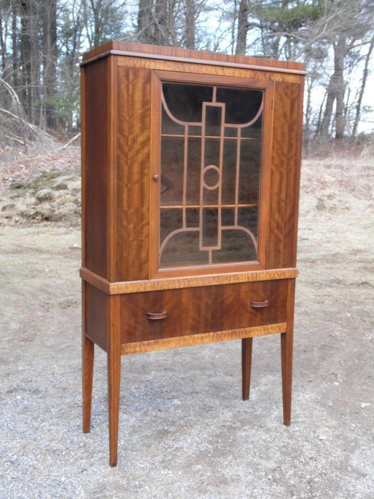 Antique 1930s Art Deco Curio China Cabinet Hutch Fretwork Glass Door Walnut  | Antiques, Furniture - Antique 1930s Art Deco Curio China Cabinet Hutch Fretwork Glass