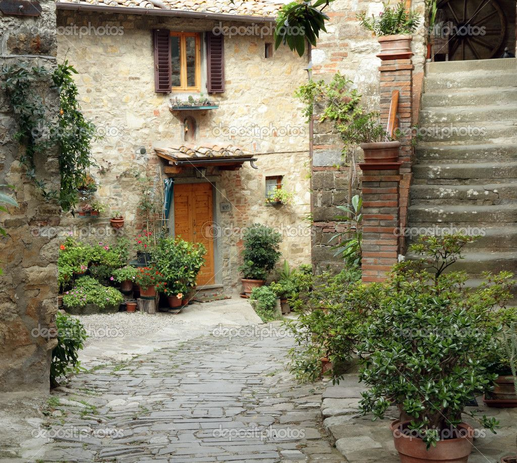Vacation Packages Tuscany: Tuscan Courtyard - Google Search