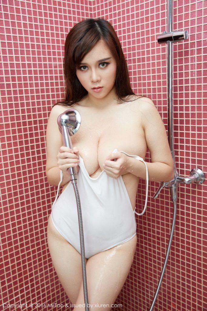 Sarah lieving nude free