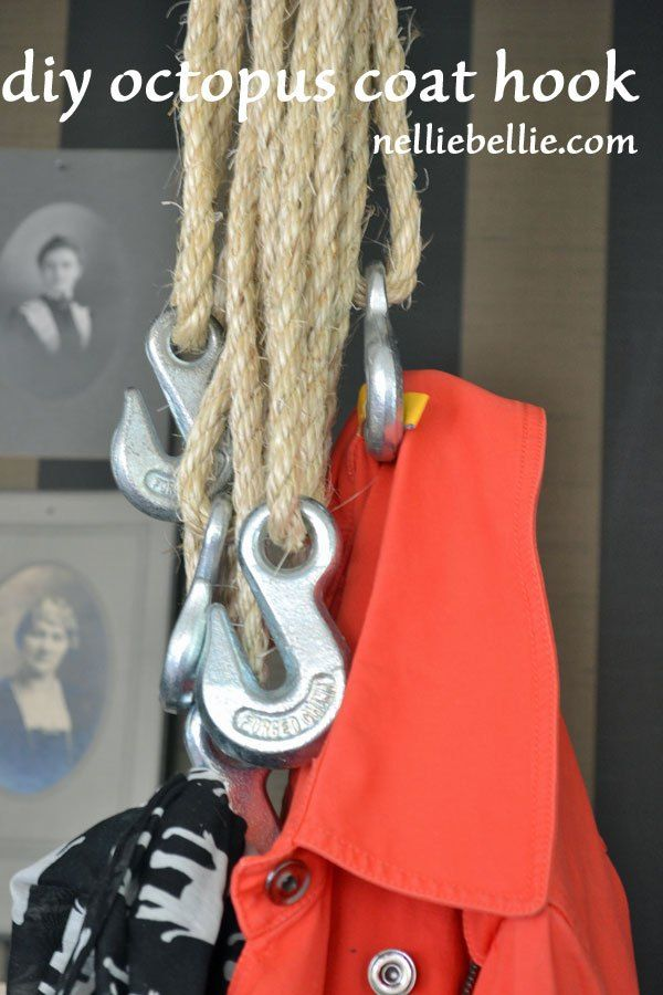 """Super """"nautical nod"""" casual coat hook...this would be perfect for hanging towels to dry in the summer at the lake"""