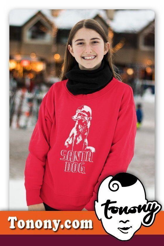 Spreadshirt | Tonony.com #nikolausgeschenkmann Hund mit einer Klassischer Weihnachtsmütze, mit dem Titel SANTA DOG. DAS SELBER GESTALTEN DES T-SHIRT , IST FAST WIE NIKOLAUS GESCHENKE SELBER MACHEN. WEIHNACHTSGESCHENKE F�R M�NNER #nikolausgeschenkmann