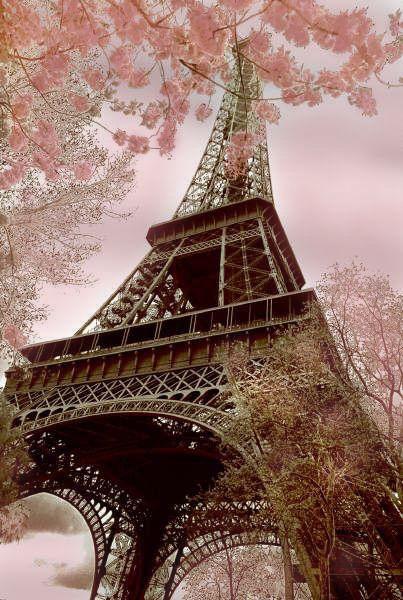 Cities Wallpapers Stormgrounds Com Tour Eiffel Springtime In Paris Eiffel Tower