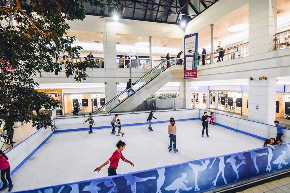 Ice Skating Rink At Le Piramidi Mall Italy By Us Skating Rink Ice Skating Rink Ice Skating