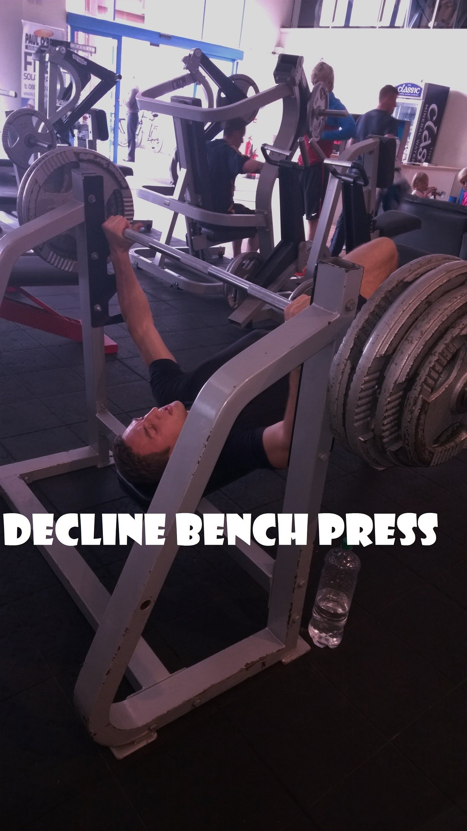 Decline bench press 150 kg 330 lbs 2 drop sets