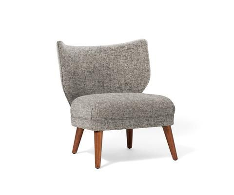 Charmant Retro Wing Chair
