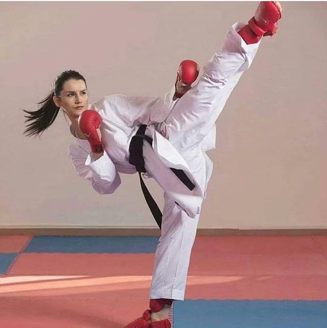 Pin By Tokon Martial Arts Sacramento On Chokki In 2020 Martial Arts Girl Female Martial Artists Martial Arts Women