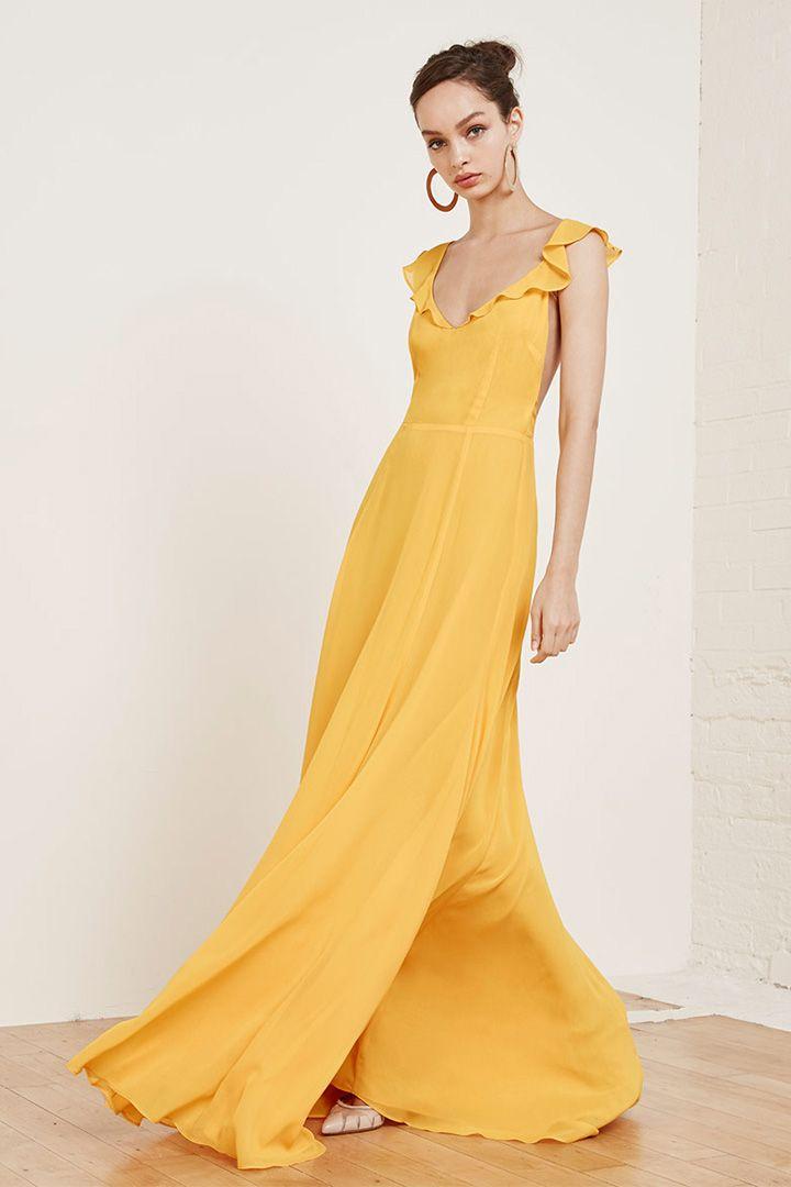 c83f136393 Encuentra el perfecto look de invitada http   stylelovely.com bodas  encuentra-perfecto-look-invitada