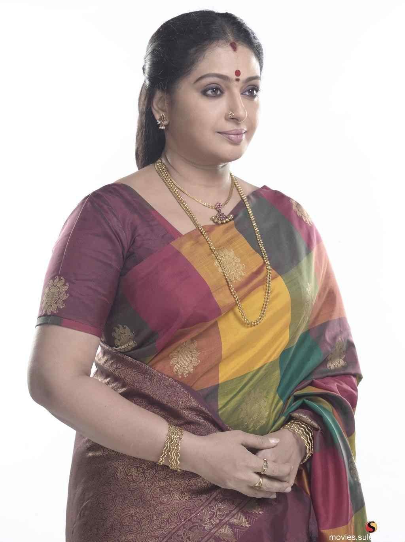 Pin On Actress Bra Size