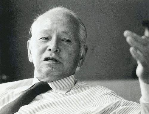 白洲 次郎 ハーフ