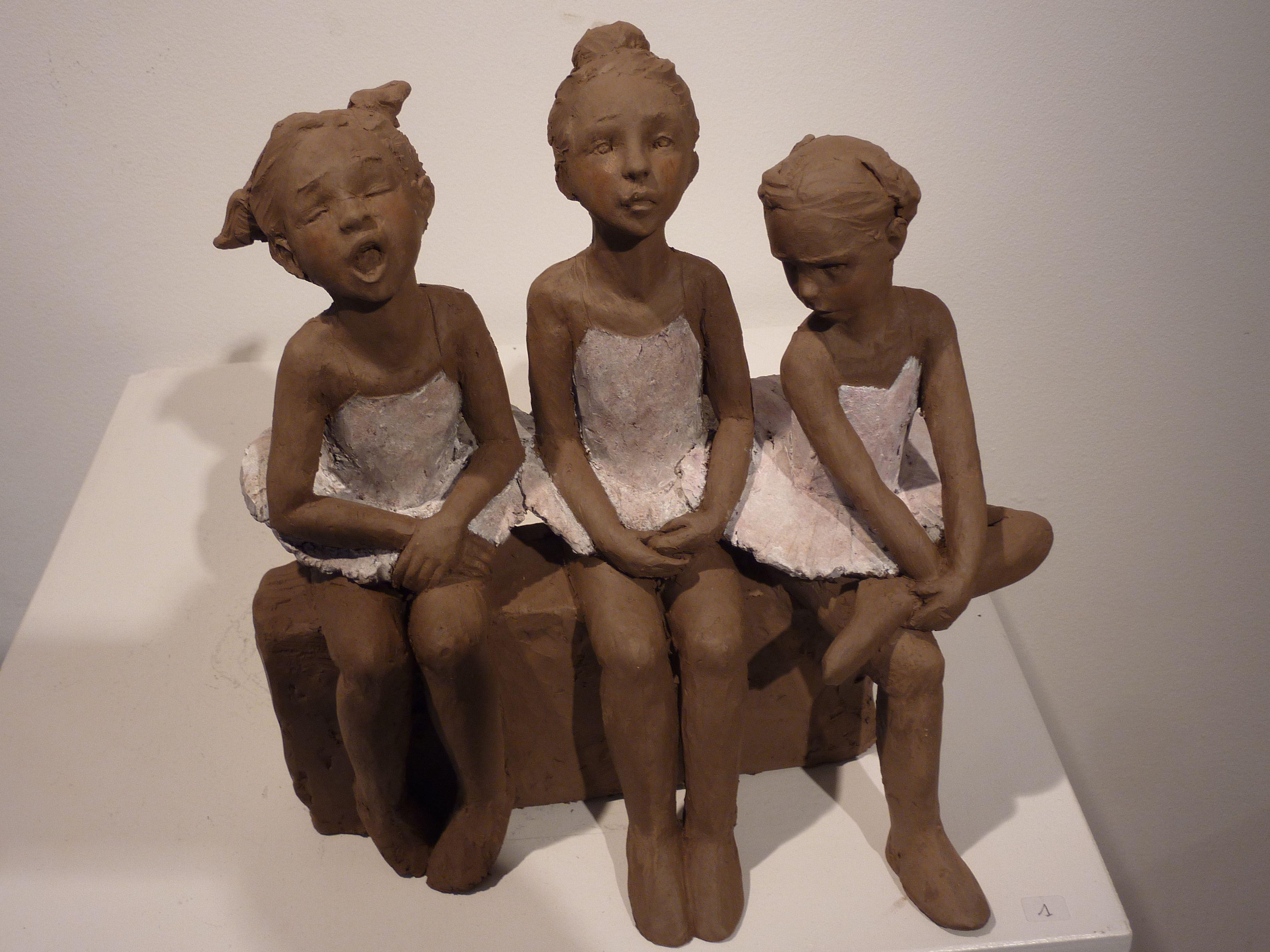 sculpture en terre cuite patin e sur le th me de l 39 enfance sculpteur anne laure peres http. Black Bedroom Furniture Sets. Home Design Ideas