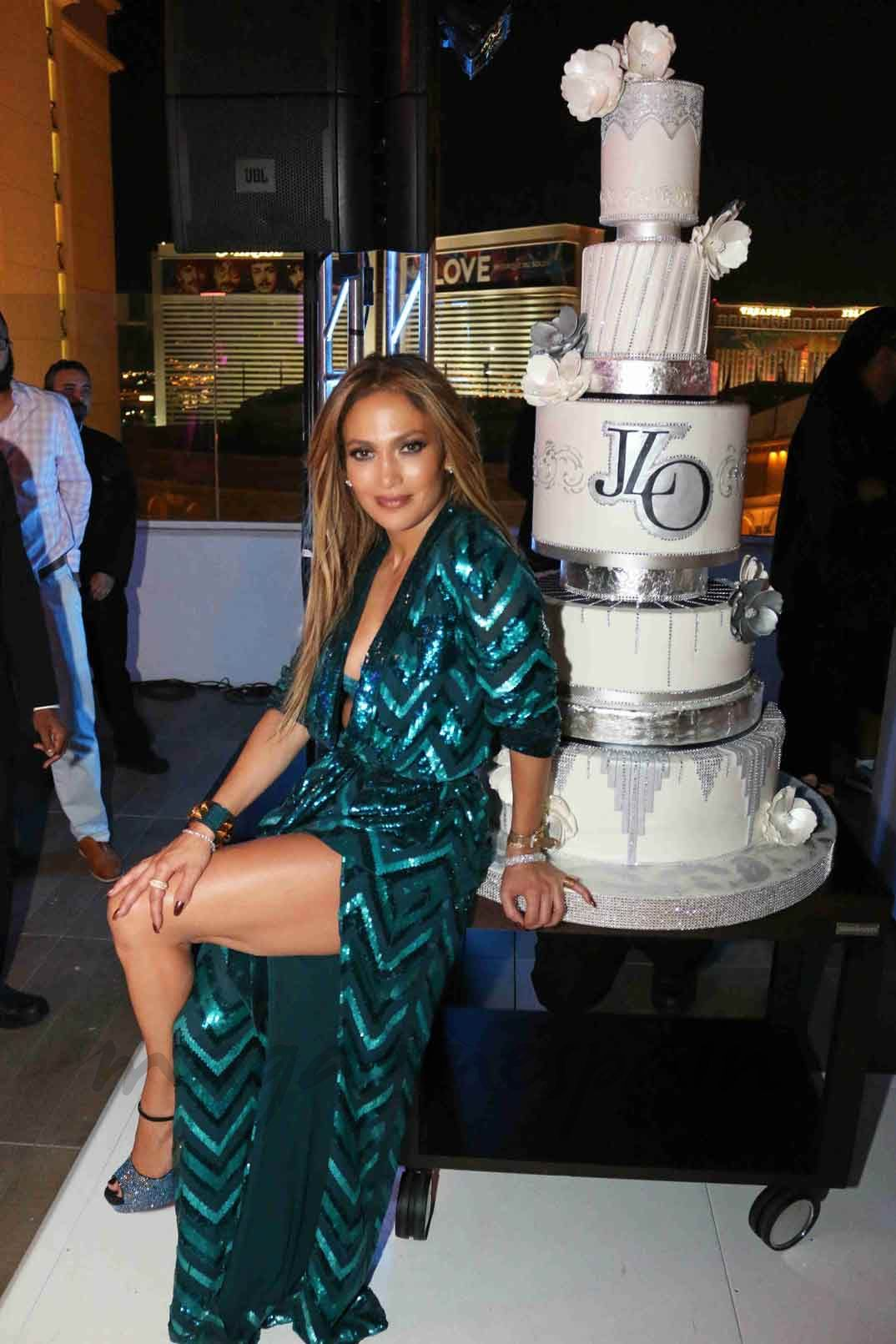 c18eb36e7d0 Jennifer Lopez cumple 47 años